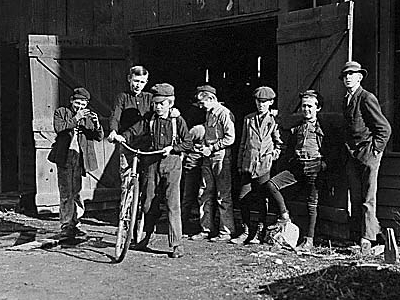 Child Workers In  Woodbury  2 C  N J