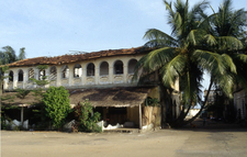 Colonial House In Grand-Bassam