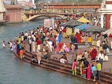 Colorful Pilgrims For Ganga Aarti - Haridwar UT