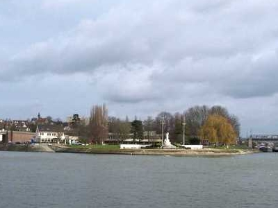 Seine Rivers Conflans Sainte