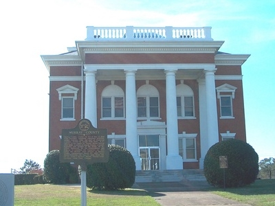Courthouse Of  Murray County