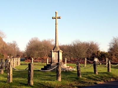 Crapstone War Memorial