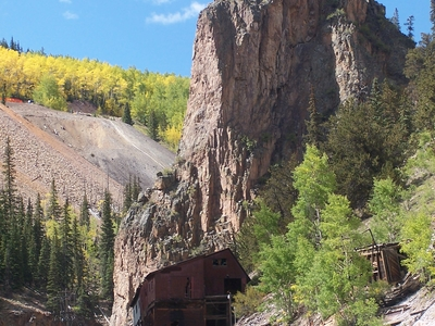 Old Mine On The Bachelor Loop