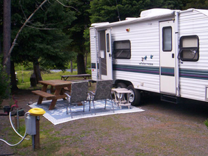 Crescent Creek Cottages And Rv Park