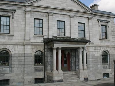 Custom House Building