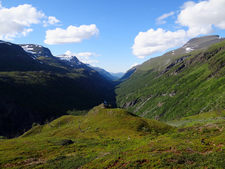 Sørdalen Valley In Rohkunborri National Park