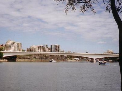 Captain   Cook   Bridge  Photo  Taken  From   Kangaroo   Point
