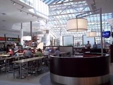 Interior Carrefour Angrignon