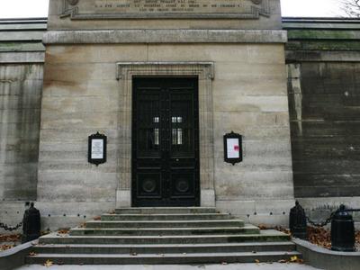 Entrance On Rue Pasquier