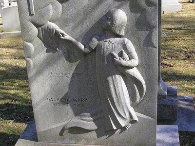 Child  Tombstone In  Gate Of  Heaven  Cemetery