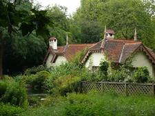 Cottage Duck Island London