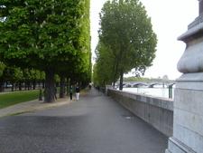 Cours-la-Reine Park