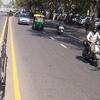 Crossing Janpath