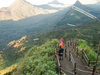 Descending Adam's Peak