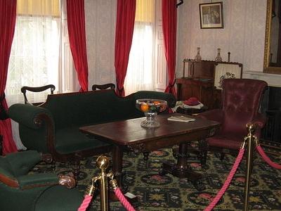 Dickens' Living Room In Museum