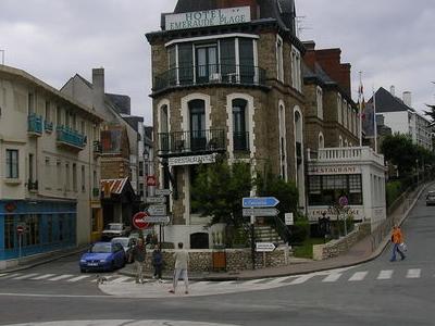Dinard  Town  Center