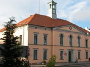 Dobrodzień - Ayuntamiento