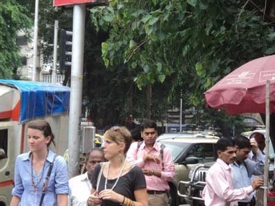 DN Road - Stalls & People - Mumbai