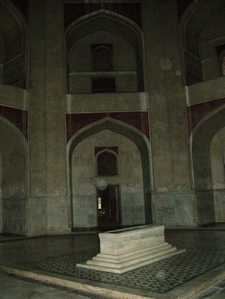 Humayun's Tomb In The Basement
