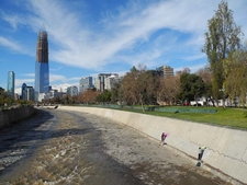 Parque - Grand Tower & The River