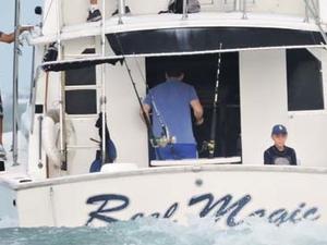 Deap Sea Fishing 38'ft Charter 6 hrs. Photos
