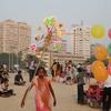 Chowpaty Beach Baloon Vendor