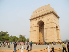 India Gate View From Side Lawn