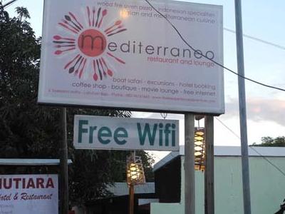 Restaurant Hoardings & Entrance