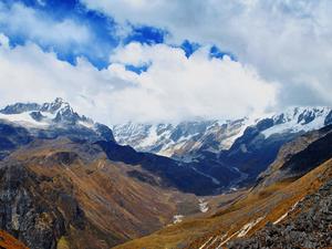 5 Days Dzongri Trek Photos