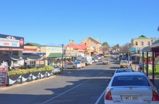 Dauncey Street Of Kingscote