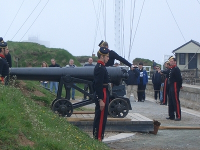Firing Of The Noon Gun At Fort George