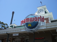 Dreamworld Front Gates