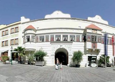 Eisenstadt  Altes   Rathaus