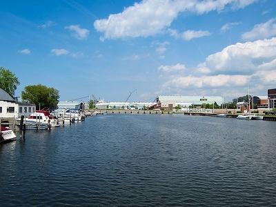 Erie Waterfront & Presque Isle Bay