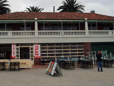 Kiosk Building Eastern Beach