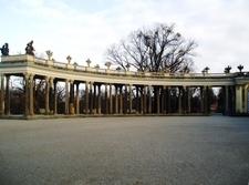 Ehrenhofkolonnade Sanssouci