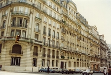 The Estrugamou Building