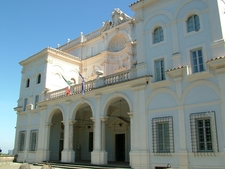 Falconieri Front