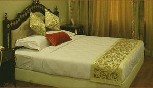 El Hotel Royce