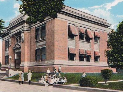 Flatbush  Public  Library