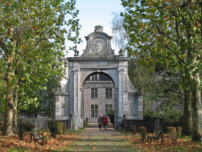 Fontaine  L  Eveque