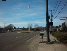 Forest Grove Flagpole