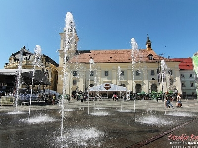 Fountain ArtMania In Piata Mare - Sibiu City