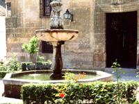 Fuente de la Plaza de San Andrés