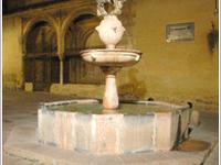 Fountain of la Plaza del Potro