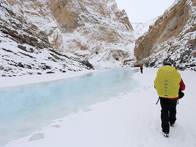 Frozen Zanskar Valley & River - Ladakh J&K