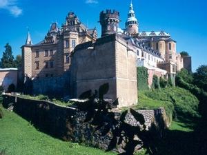 Frydlant Castillo