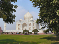 Full Day Excursion to Taj Mahal on a Private Car