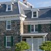 Gallagher Mansion y Outbuilding