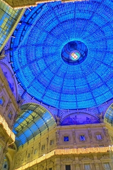 Galleria Vittorio Emanuele II - View During Christmas